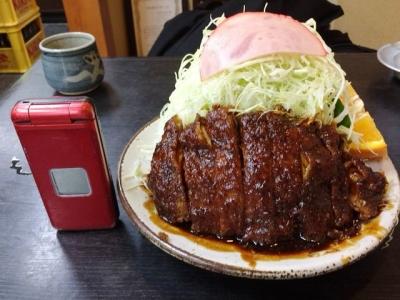 150714葉栗屋味噌かつライス1100円キャベツ半分