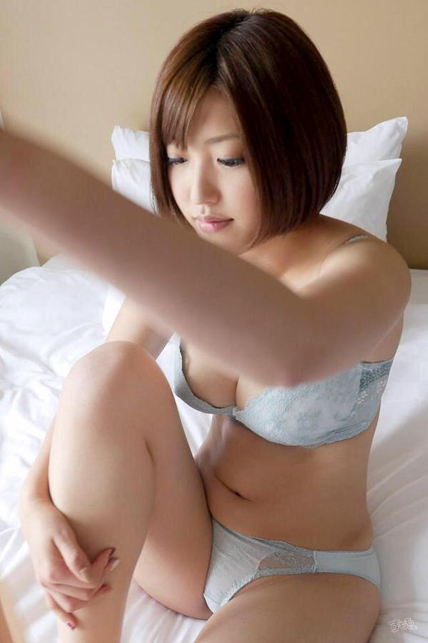 AV女優・水野朝陽のヌード