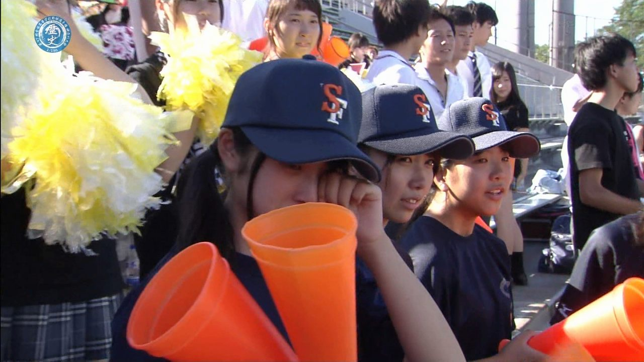 高校野球の女子高生の太もも