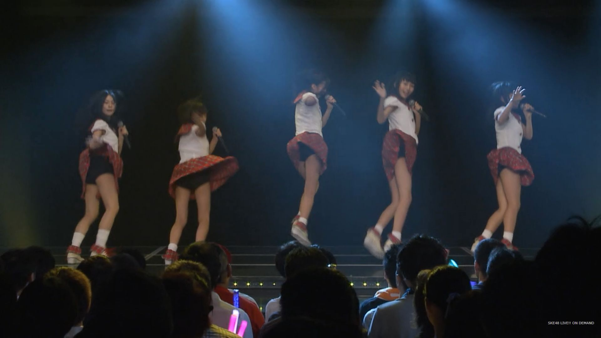 ライブでパンチラ全開のSKE48