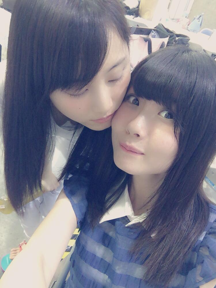 SKE48・松井玲奈の胸チラ