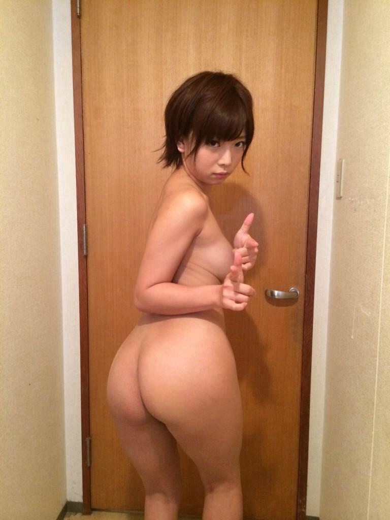 AV女優・紗倉まなの全裸画像