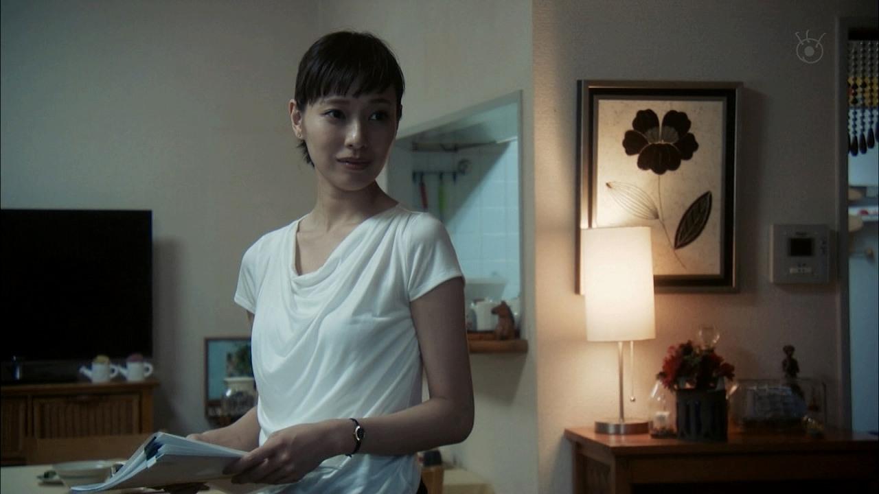 ドラマ「リスクの神様」の戸田恵梨香