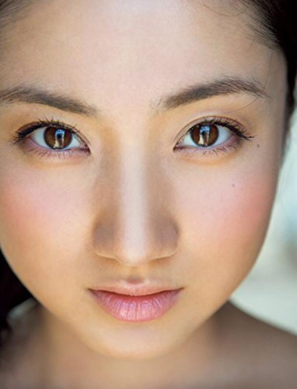 紗綾のセミヌード写真集画像