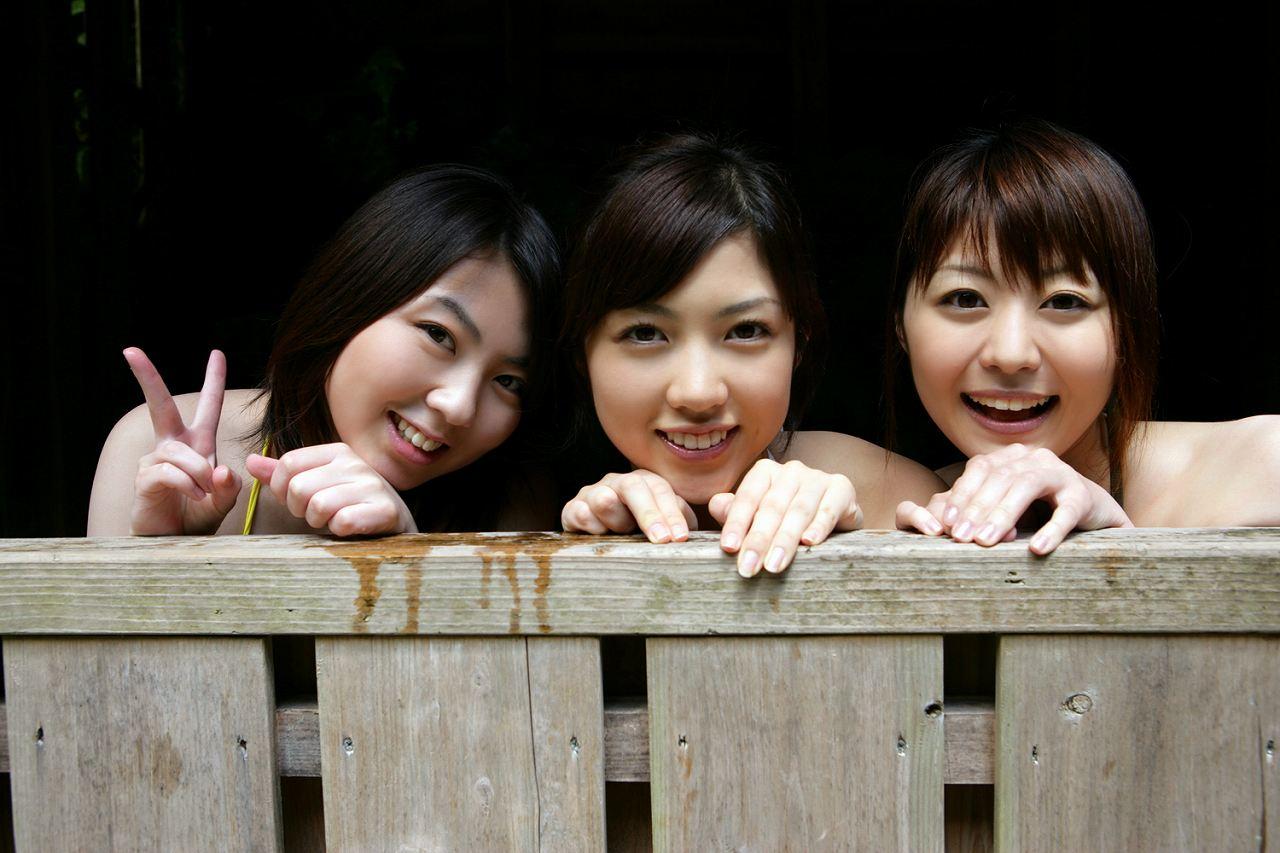 YS乙女学院の夏合宿グラビア