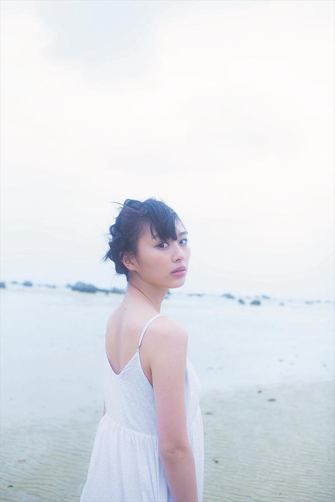 イメージDVD「Magical Dreamer」の内田理央