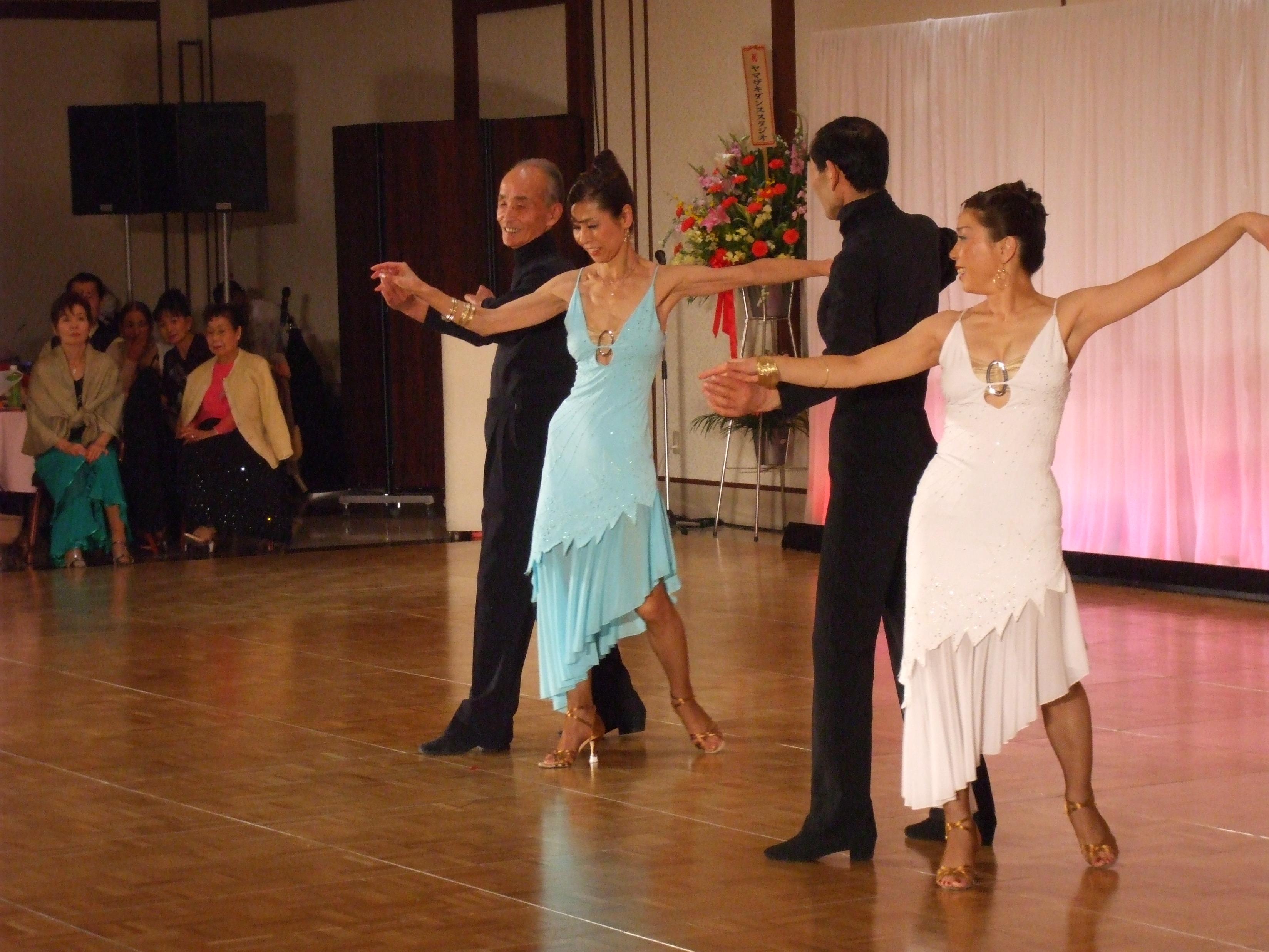 社交ダンス初