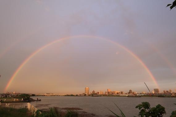 荒川に虹ーS