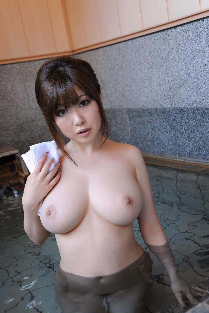 浜崎りお 爆乳 ヌード 画像 4