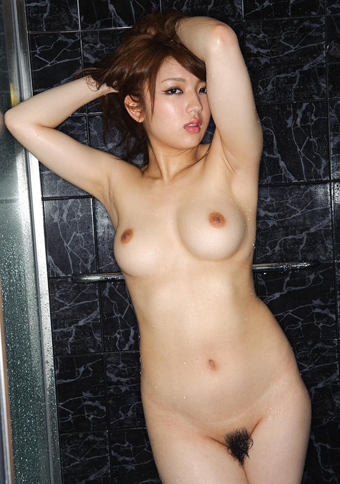 神咲詩織 爆乳 ヌード 画像 2