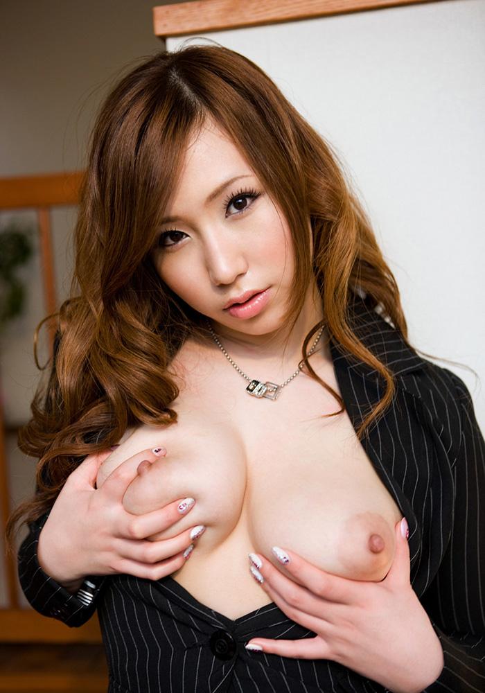 佐山愛 爆乳 ヌード 画像 3