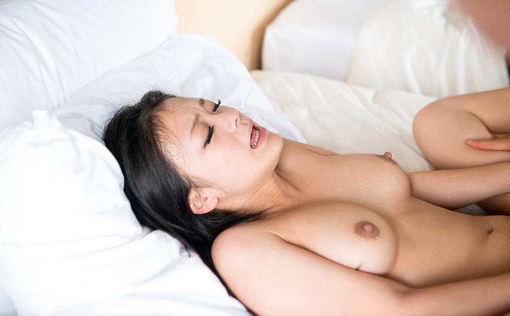 鶴田かな セックス画像 58