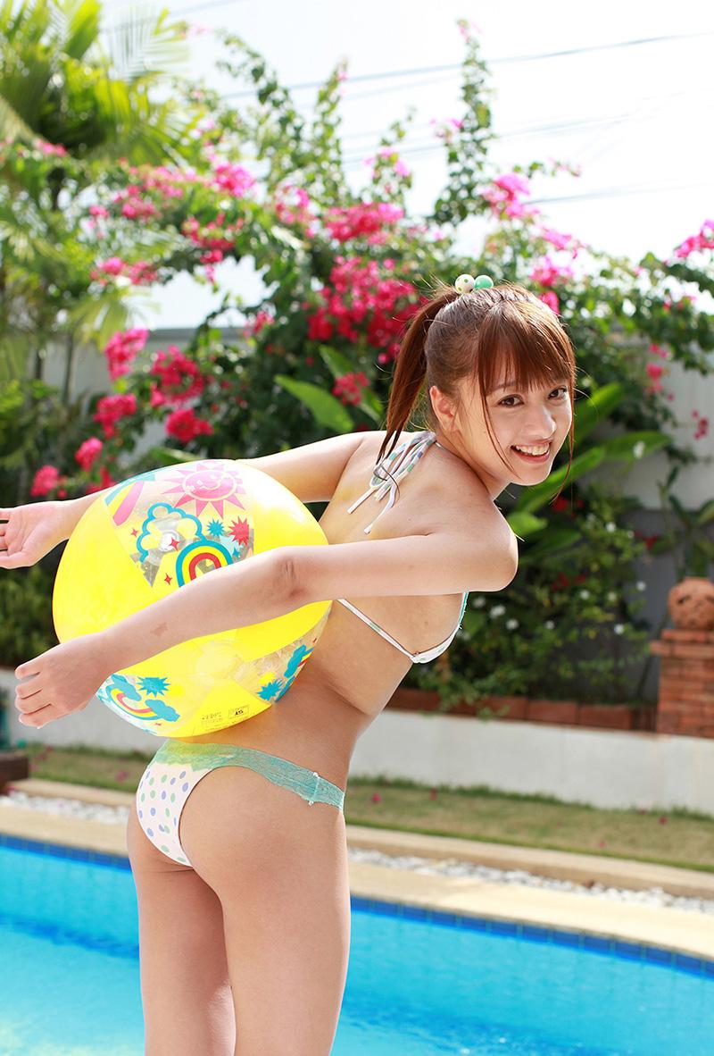 プール えっちなお姉さん 画像 18