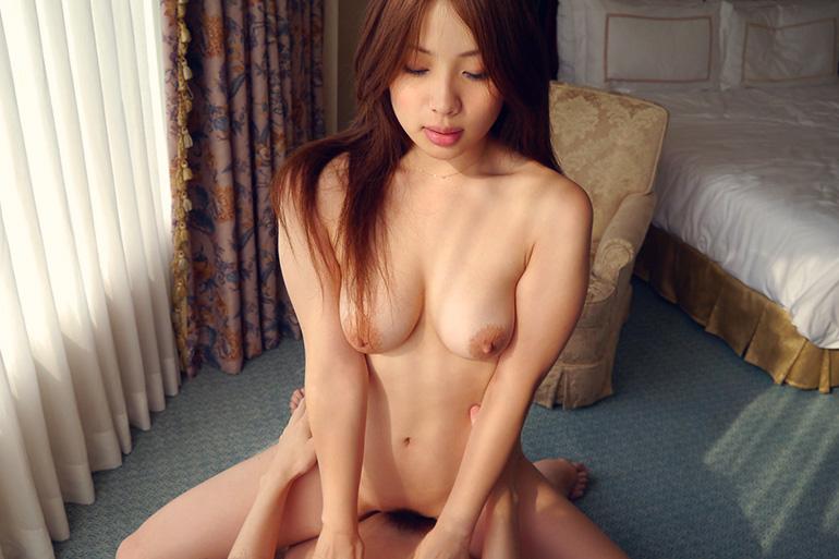 佐々木恋海 Eカップグラマラスボディの迫力のセックス画像