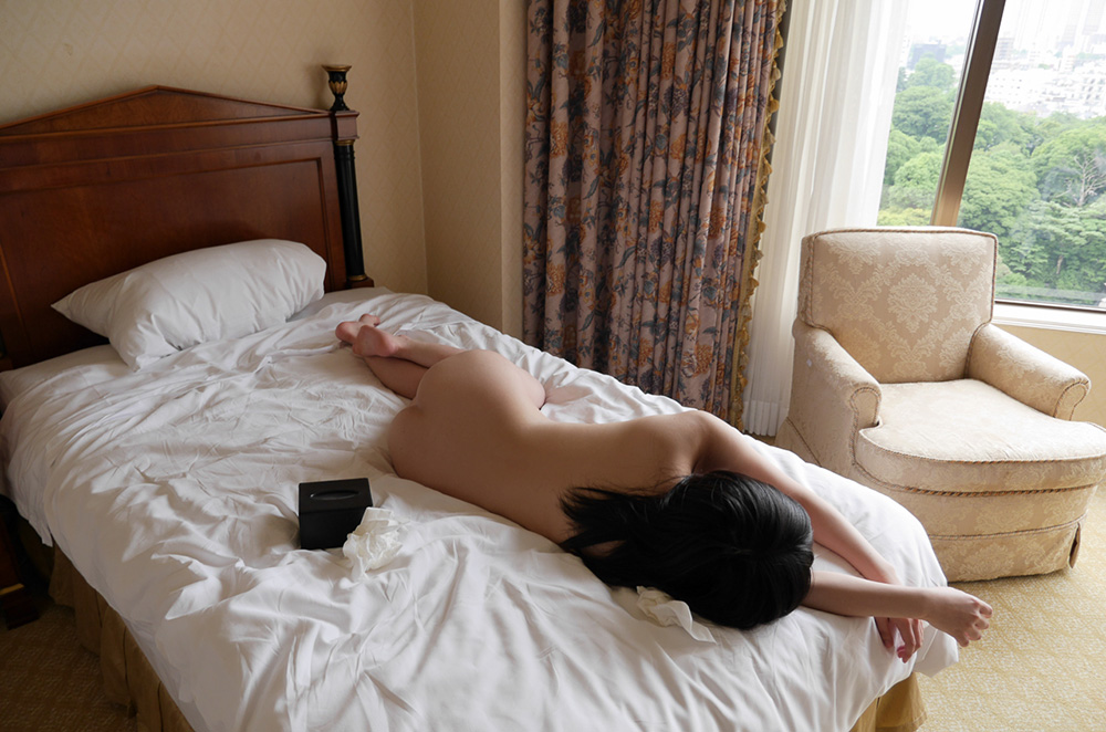 南梨央奈 セックス画像 78