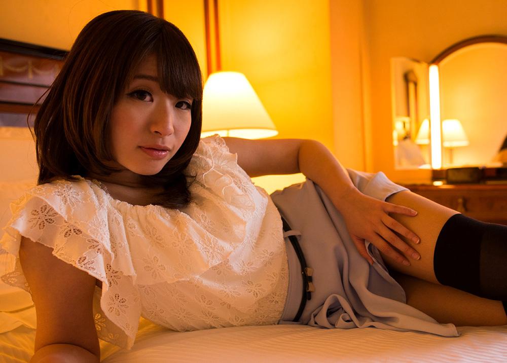 初美沙希 セックス画像 23