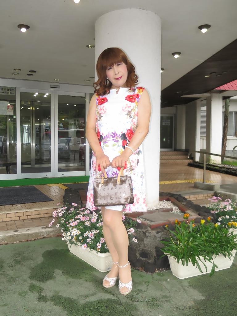 ビューホテル花柄ワンピA(1)