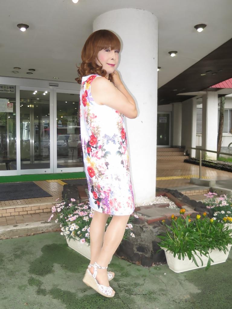 ビューホテル花柄ワンピA(3)