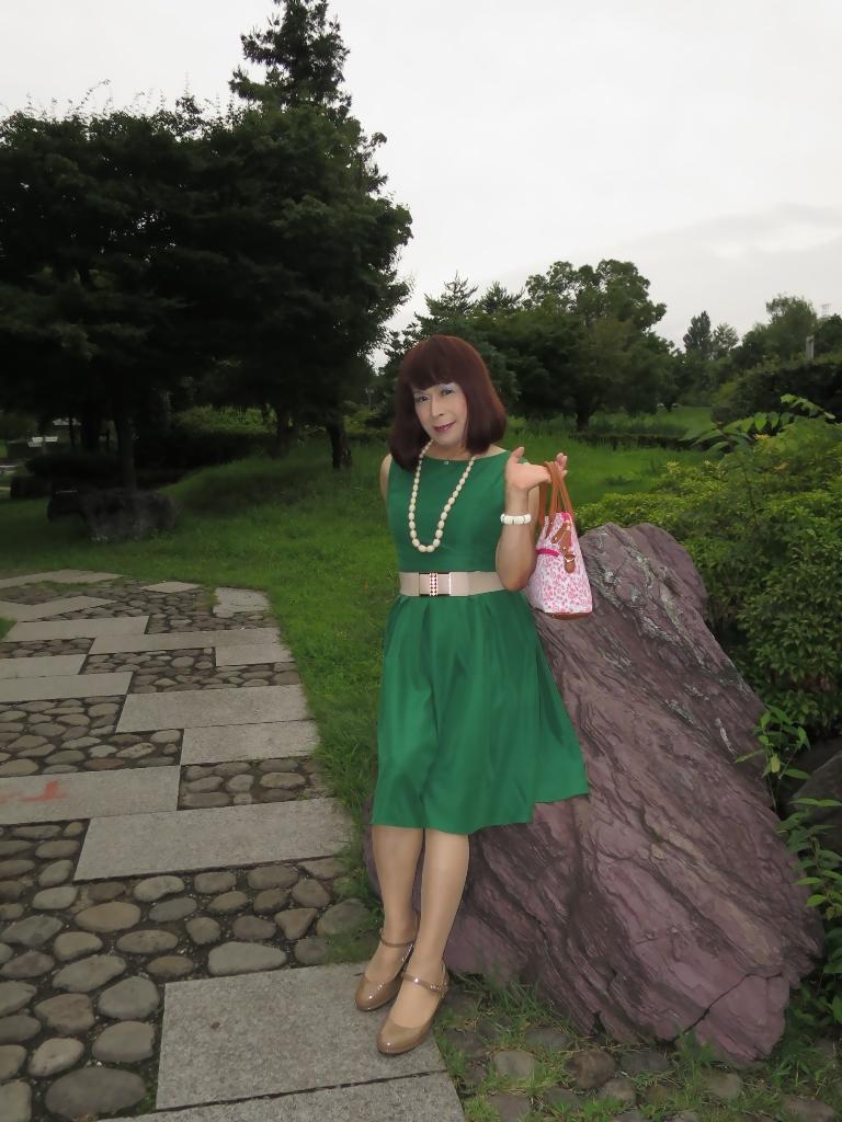 緑色ワンピC(1)