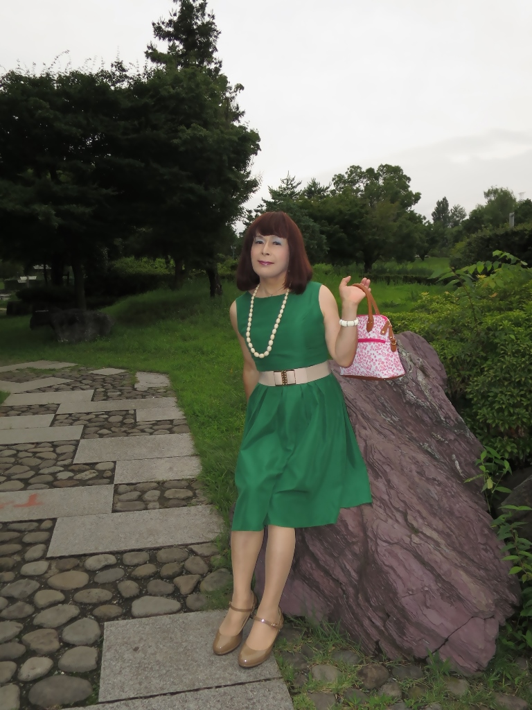 緑色ワンピC(2)