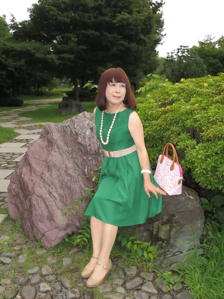 緑色ワンピC(5)