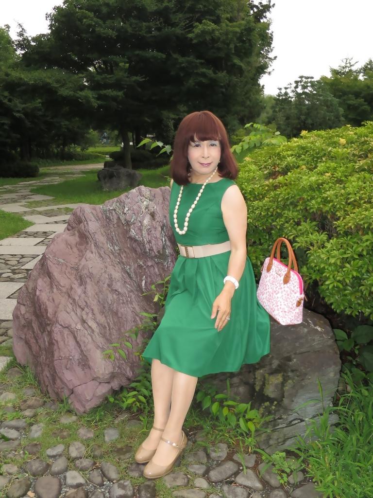緑色ワンピC(4)