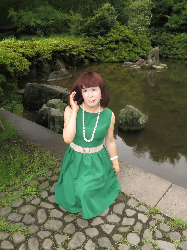 緑色ワンピD(1)