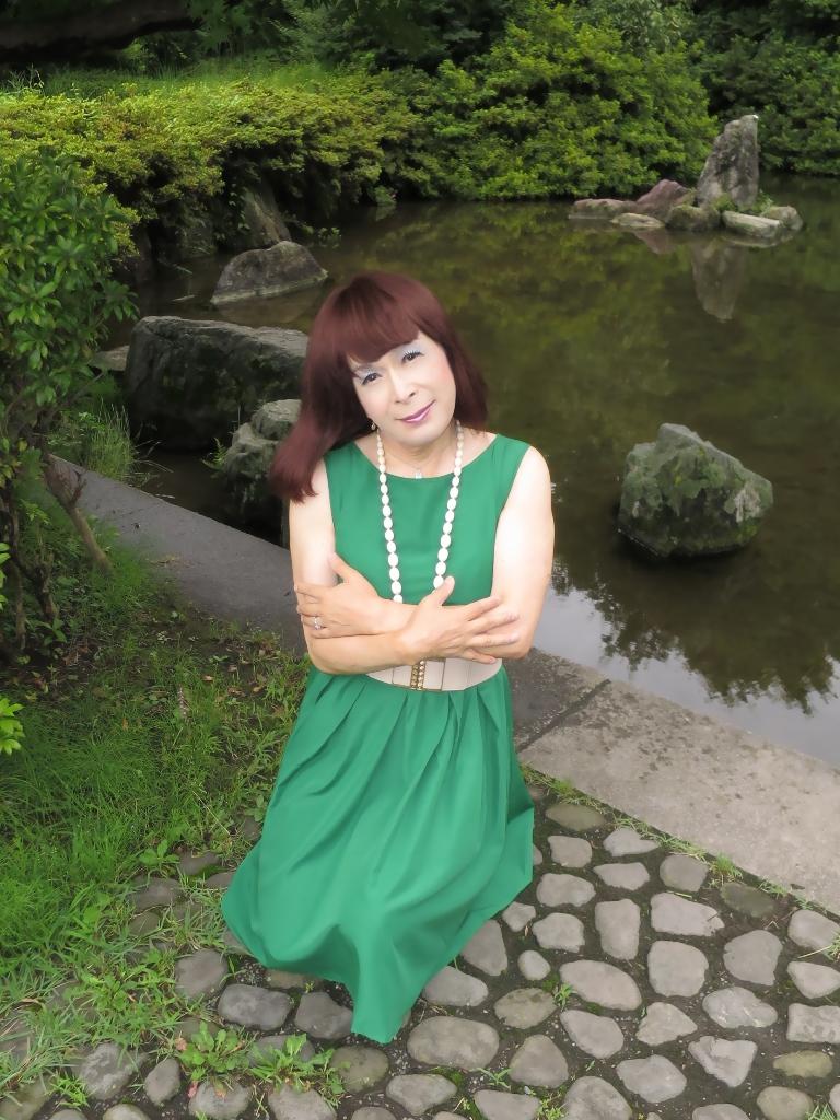 緑色ワンピD(2)