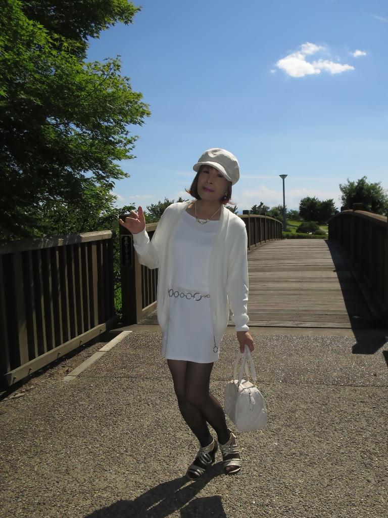 シンプル白ワンピ帽子A(1)