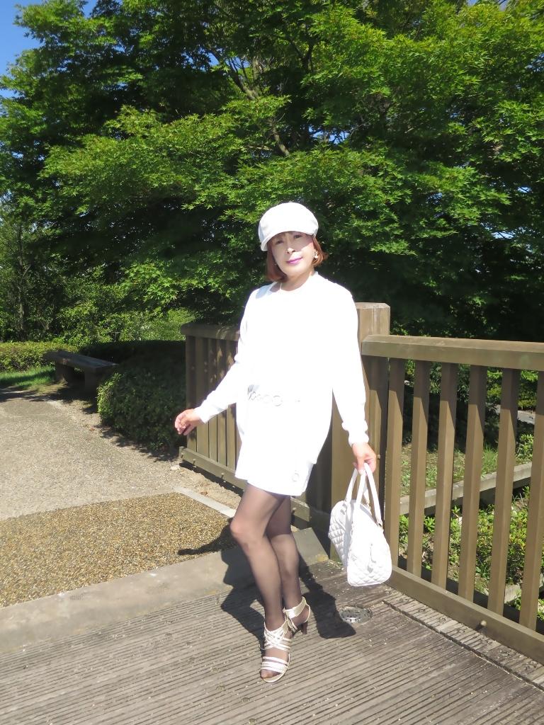 シンプル白ワンピ帽子A(4)