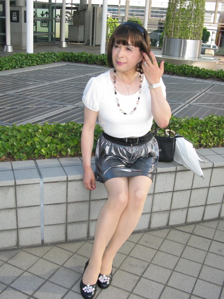 100904銀スカート(3)