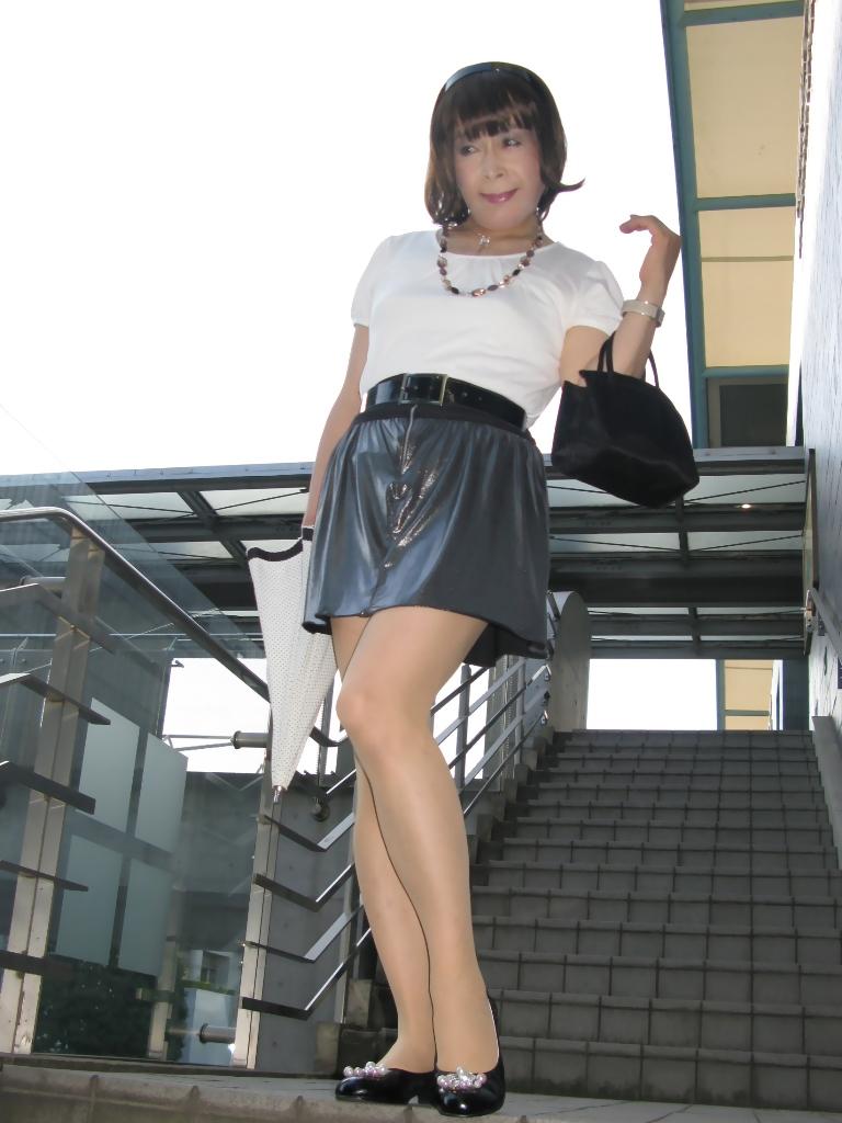 100904銀スカート(5)