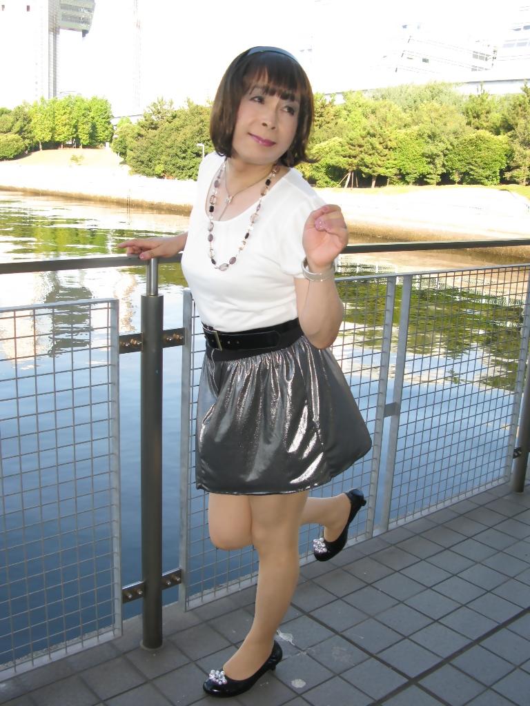 100904銀スカート(6)