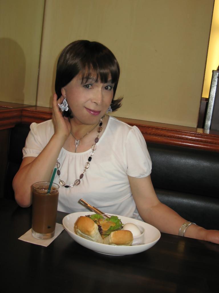 100904白カットソー朝食(1)