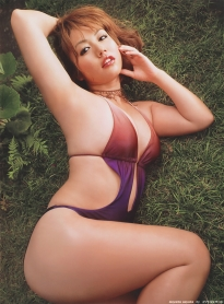 isoyama_sayaka_g083.jpg
