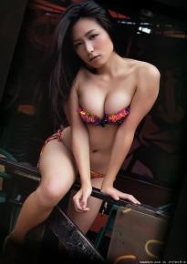 kawamura_yukie_g139.jpg