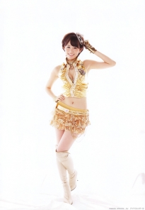 maeda_atsuko_g120.jpg