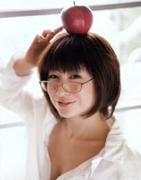 okamoto_mari_g001.jpg