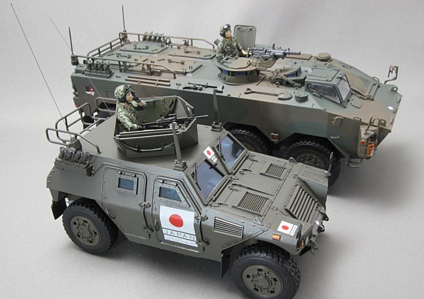 陸上自衛隊 軽装甲機動車 イラク派遣仕様-1