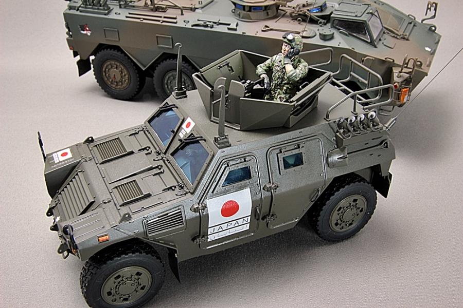 陸上自衛隊 軽装甲機動車 イラク派遣仕様-2