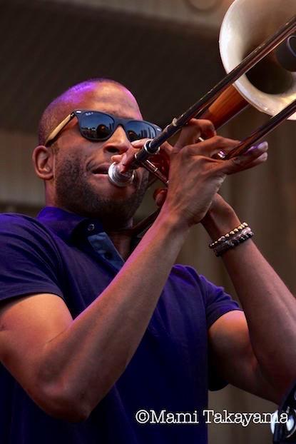 tromboneshorty1.jpg