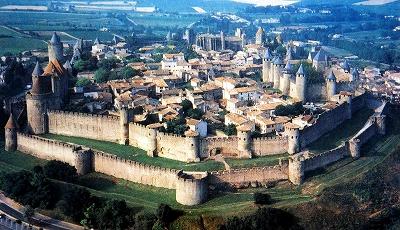 s-フランスの中世都市カルカソンヌ
