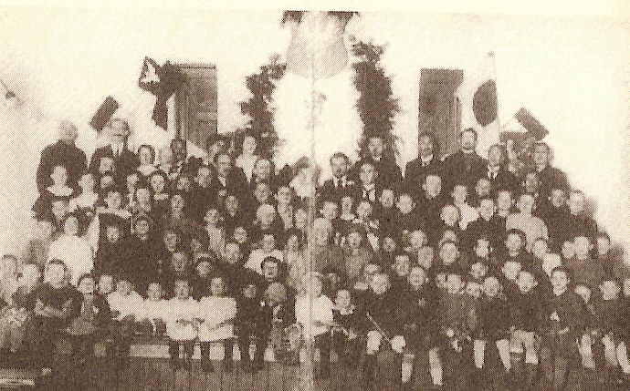 祖国ポーランドに帰った孤児たち