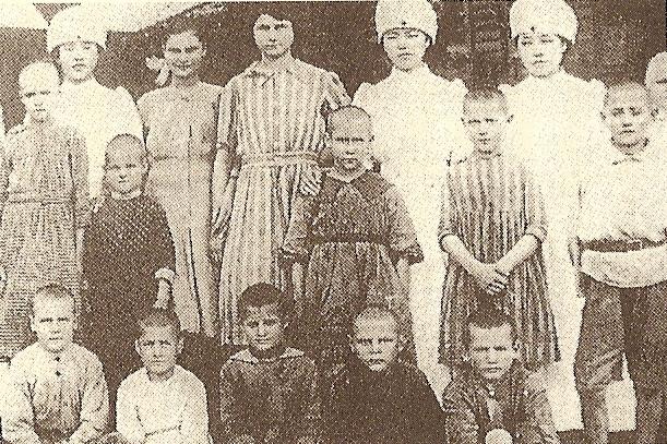 日本に来たポーランドの孤児と日本赤十字社の看護婦