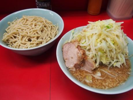 150719_中山駅前_小ラーメン_ぎょったまつけ麺_ヤサイニンニク