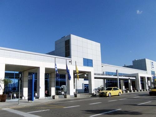 アテネの空港で