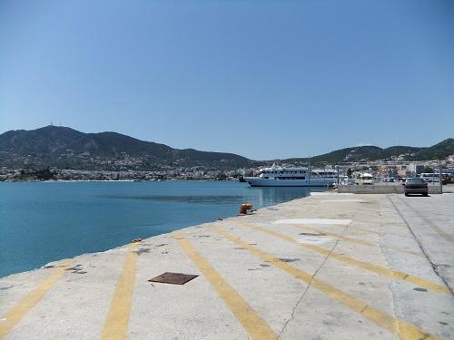 ミティリニの港