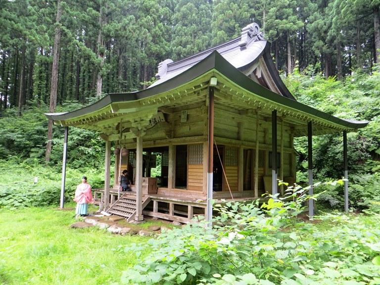 小沼神社社殿