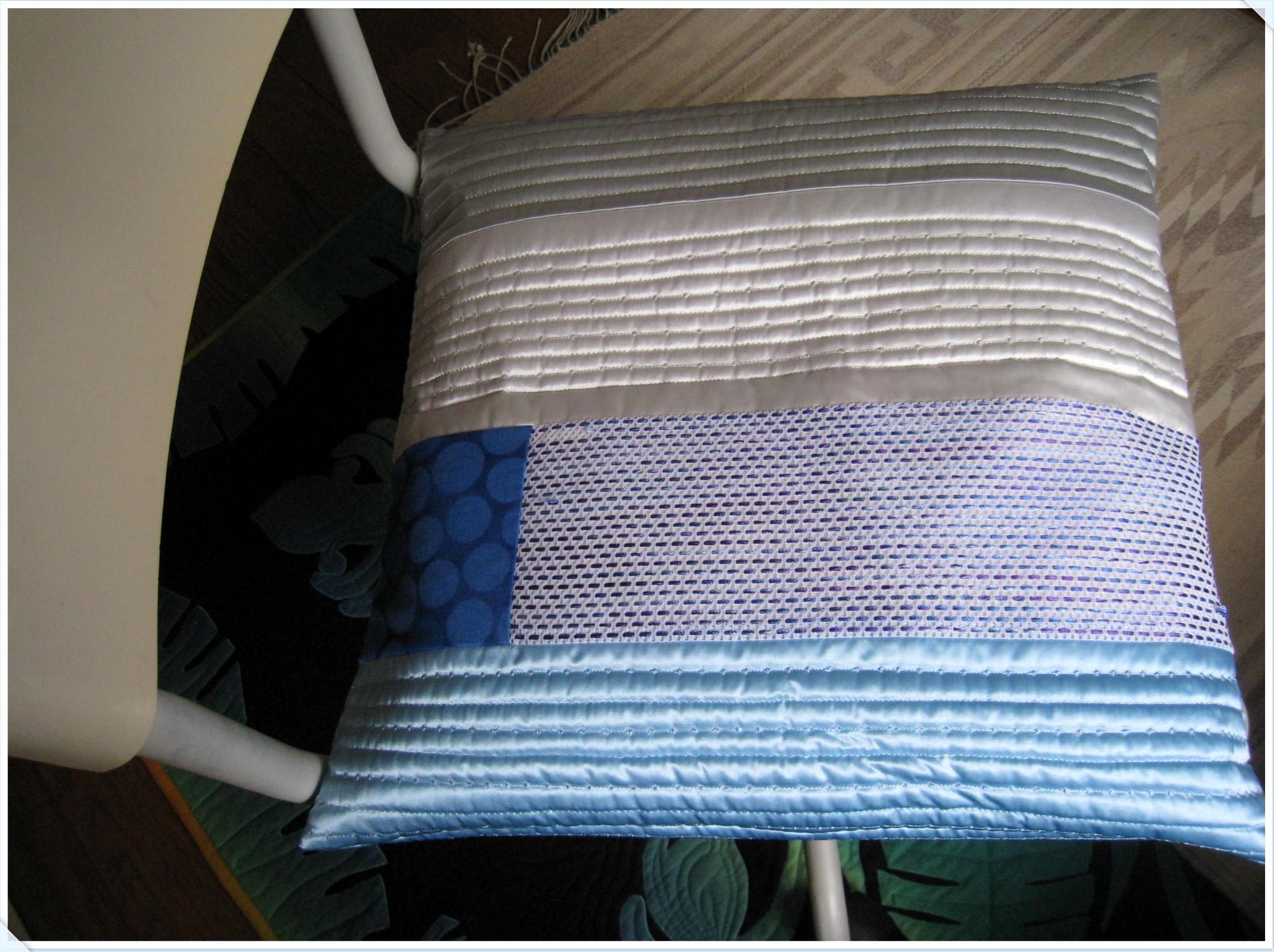 cushion_1_819.jpg
