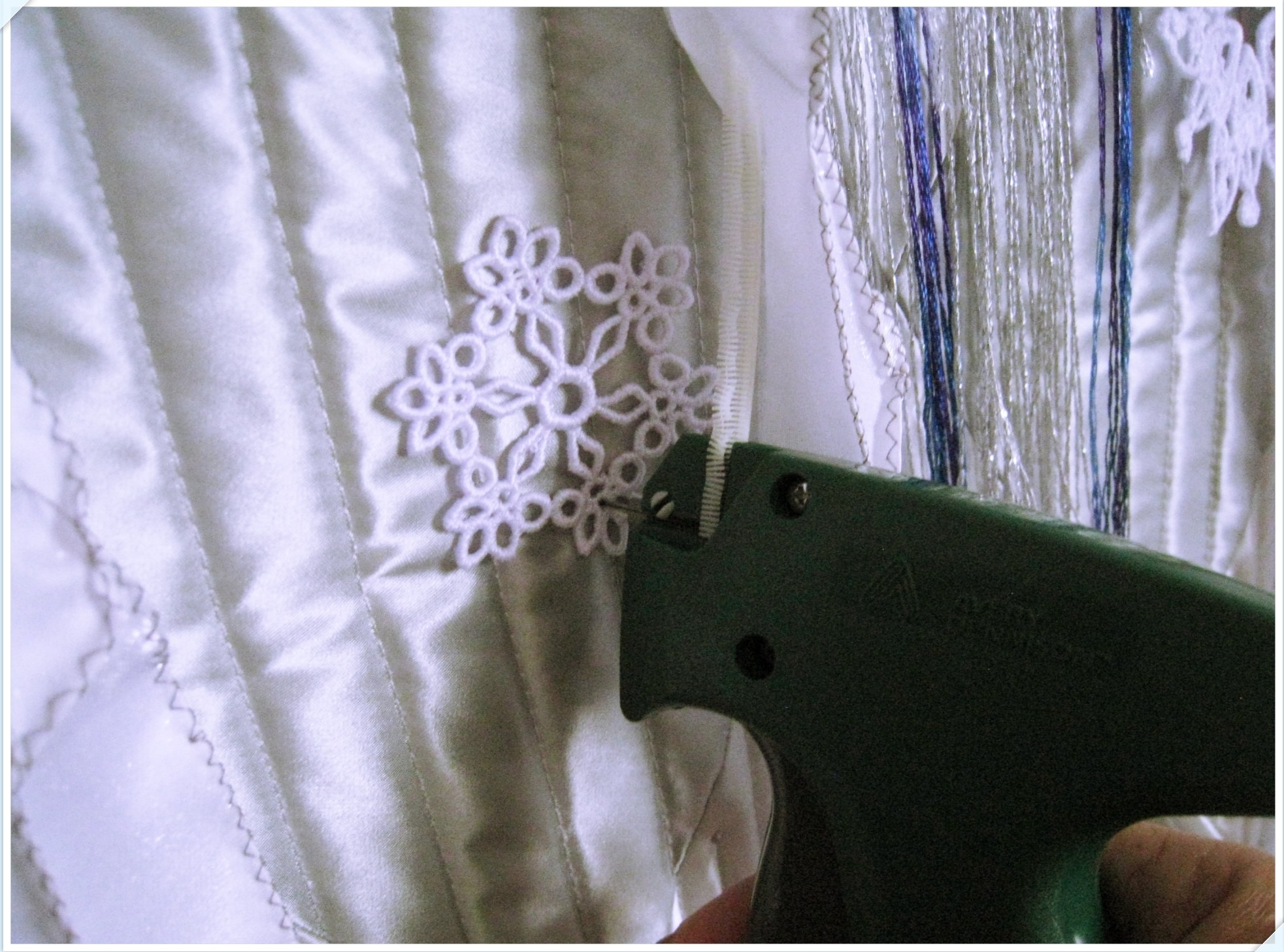 laceembroidery_2_815.jpg